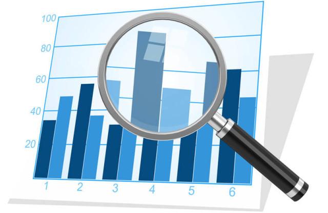 Performance-Statistiken unter der Lupe: Followerzahlen sind in der Regel durch Bot-Aktivitäten und irrelevante Kontakte verzerrt (Bild: © beermedia - Fotolia.com).