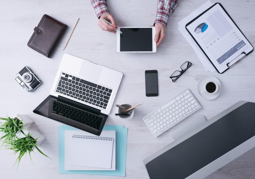 Die Digitalisierung fordert KMU heraus – Opacc gibt Antworten bei der topsoft 2016. (Bild: © Stokkete – shutterstock.com)