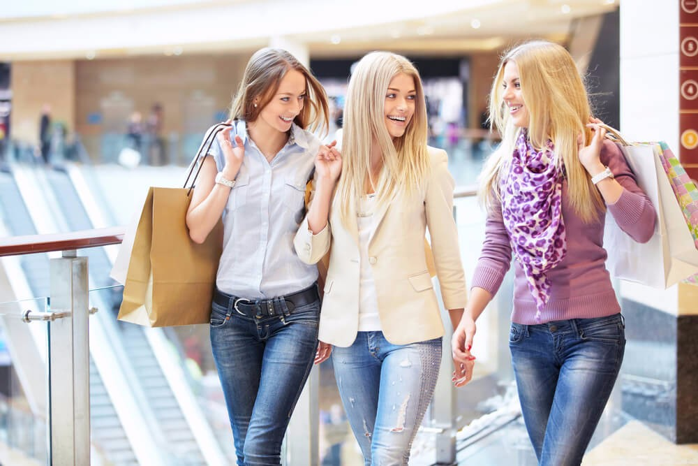 Der Mensch ist ein Gewohnheitstier und kauft gerne Dinge, die er kennt und schätzt. (Bild: © LuckyImages - shutterstock.com)