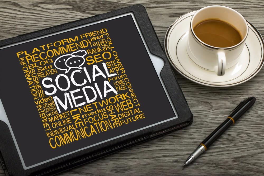 Der Herdentrieb wird besonders im Internet deutlich. (Bild: © bleakstar - shutterstock.com)